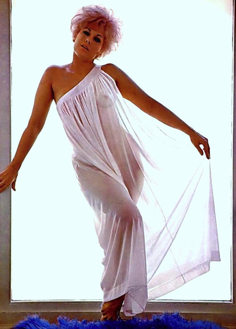 Kim Novak Actress